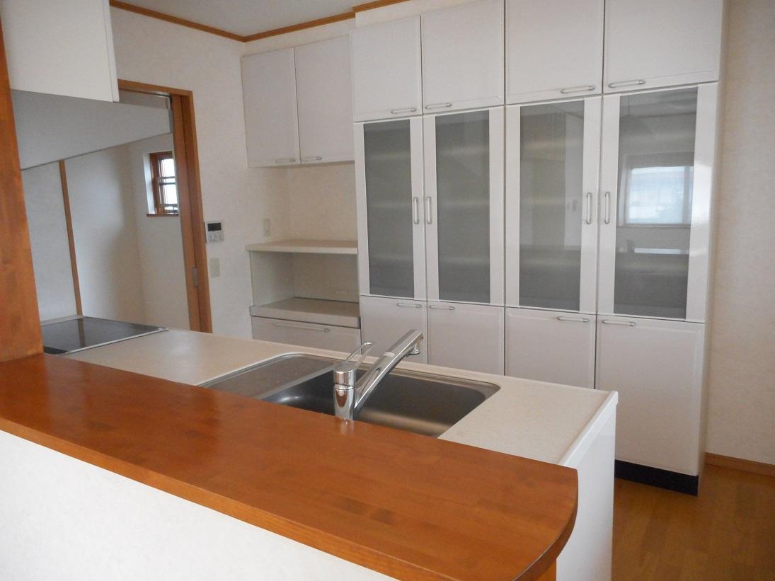 豪華食器棚(キッチン)